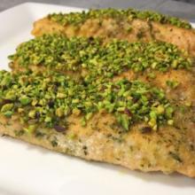 Filetti di salmone al pistacchio