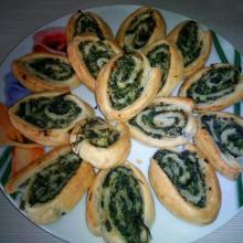 girelle di sfoglia con spinaci e ricotta