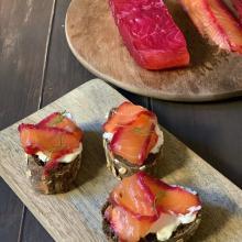 Gravlax, salmone marinato a secco