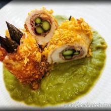 Involtini di pollo e asparagi in crosta croccante