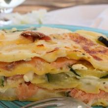 Lasagne con salmone, zucchine e robiola