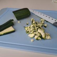 Maniche d'avena con zucchine e salmone