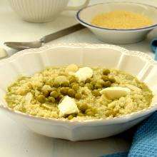 Minestra di cous cous aromatizzato al lemongrass con piselli