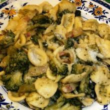 Orecchiette con broccolo siciliano e guanciale