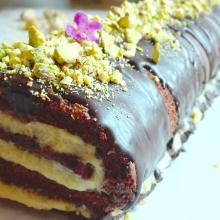 Panbisquit al cacao con ripieno al pistacchio