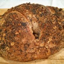 Pane con olive nere a fermentazione mista