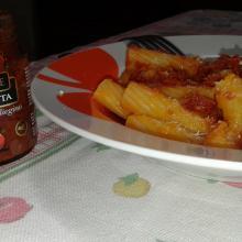 Pasta con zucca e pomodorini