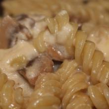Pasta funghi e asiago