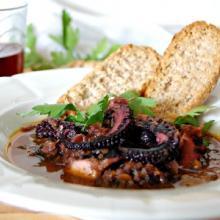 polpo al vino rosso in guazzetto (bimby)