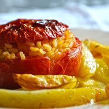 Pomodori ripieni con riso e patate
