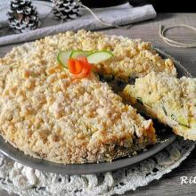 sbriciolata salata con crema di salmone e zucchine