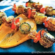 Spiedini di pesce impanati al forno