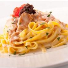 Tagliolini salmone e caviale - Ricette Primi Piatti