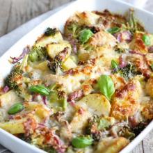 Teglia di patate e broccoli al forno