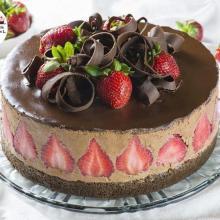 torta di cioccolato e fragole