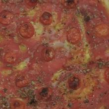 Torta salata con pomodorini e origano