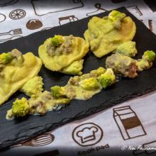 tortelloni salsiccia e patate con ragu di broccolo romanesco e salsiccia