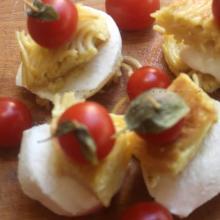 Triangoli di frittata di spaghetti  alla mediterranea gluten free