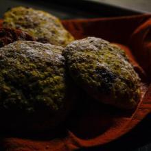 Biscotti morbidi con amaranto e cioccolato