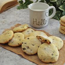 Biscotti morbidi con gocce di cioccolato e cocco, facilissimi