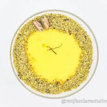 Budino zafferano e pistacchi