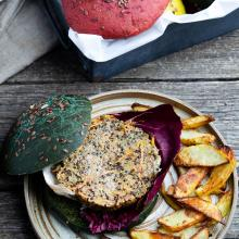 Burger di quinoa tonno e carote al forno