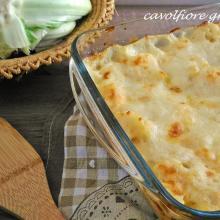 cavolfiore gratinato con besciamella e formaggio