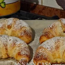 Croissant sfogliati - ricetta passo passo