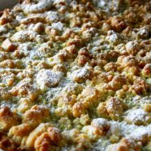 Crostata sbriciolata alla crema di pistacchio