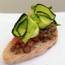 Crostino vegan con lenticchie, tutta fortuna!