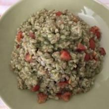 Farro perlato alla crema di zucchine e pomodorini datterini
