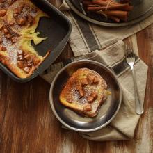 French toast al forno con mele e cannella