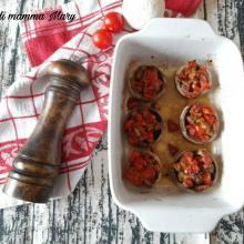 Funghi champignon ripieni di pomodorini