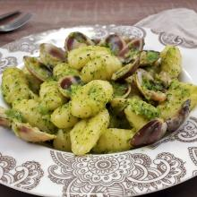 gnocchi alla crema di broccoli e vongole