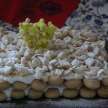 La mattonella mimosa con savoiardi e ananas