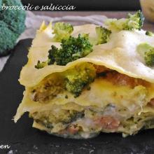 lasagna con broccoli e salsiccia