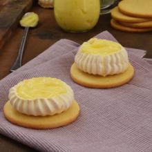 Lemon pavlova cookies
