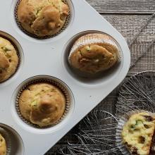 muffin salati con pomodorini secchi e zucchine