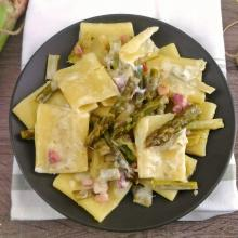paccheri cremosi con asparagi e pancetta ( senza panna)