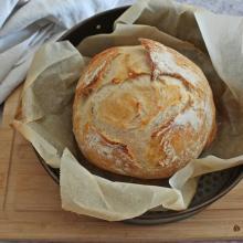 Pane fatto in casa, con pochissimo lievito