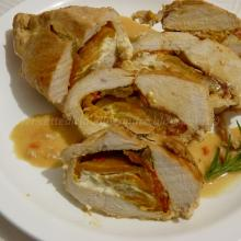 Petto di pollo ripieno con peperoni grigliati e philadelphia