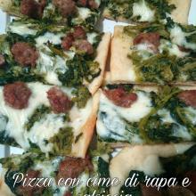 Pizza con cime di rapa e salsiccia