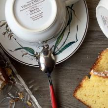 plum-cake semplice con yogurt alle mandorle