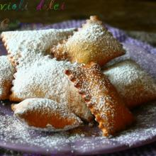 Ravioli dolci di carnevale