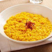 """Risotto alla milanese: la ricetta per preparare """"quello vero"""""""