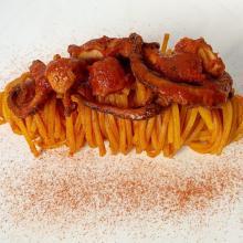 Spaghetti alla chitarra al ragù di polpo