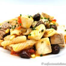 Strascinati gluten free con ricciola e olive taggiasche