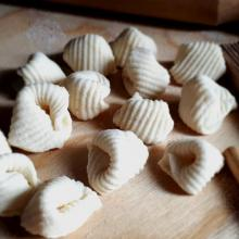 su pitzosu, pasta sarda fatta in casa