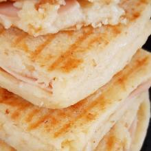 Toast di patate in padella