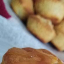 Tortine di mele montersino al caramello salato